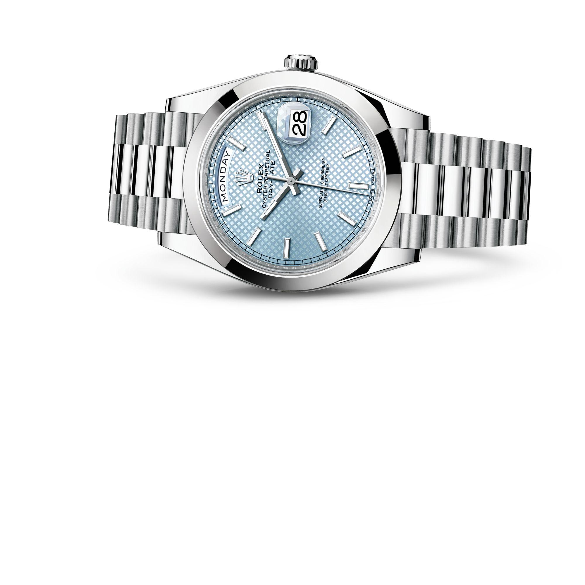 Rolex داي ديت ٤٠ M228206-0004